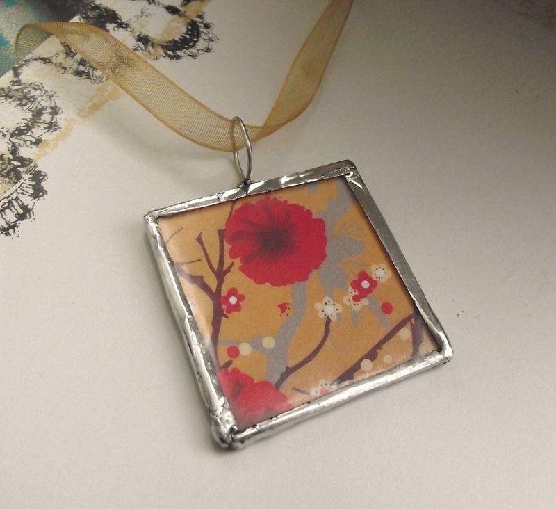 Flowernbag pendant